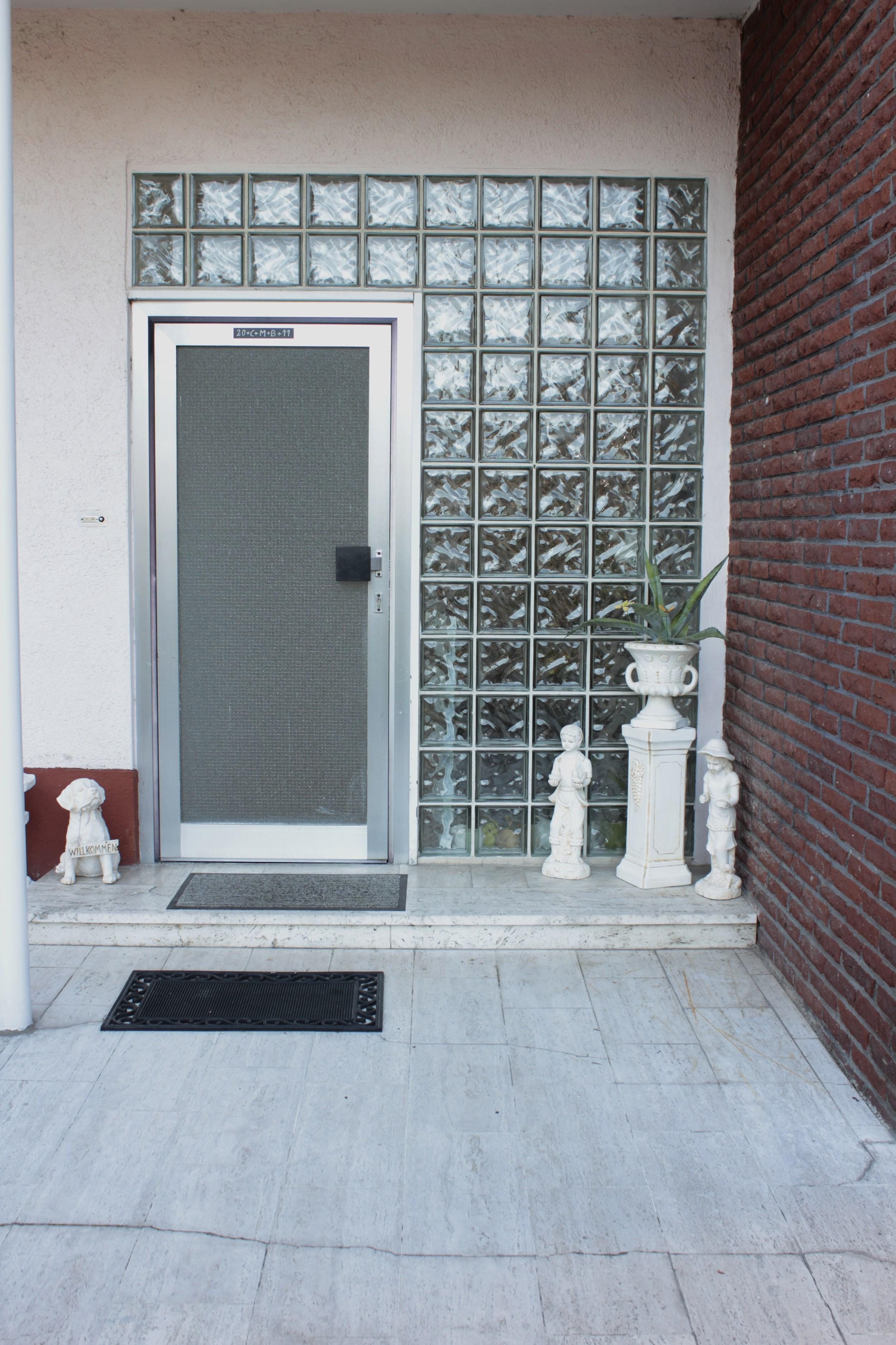 kundenbeispiele haust renrenovierung portas renovierung. Black Bedroom Furniture Sets. Home Design Ideas