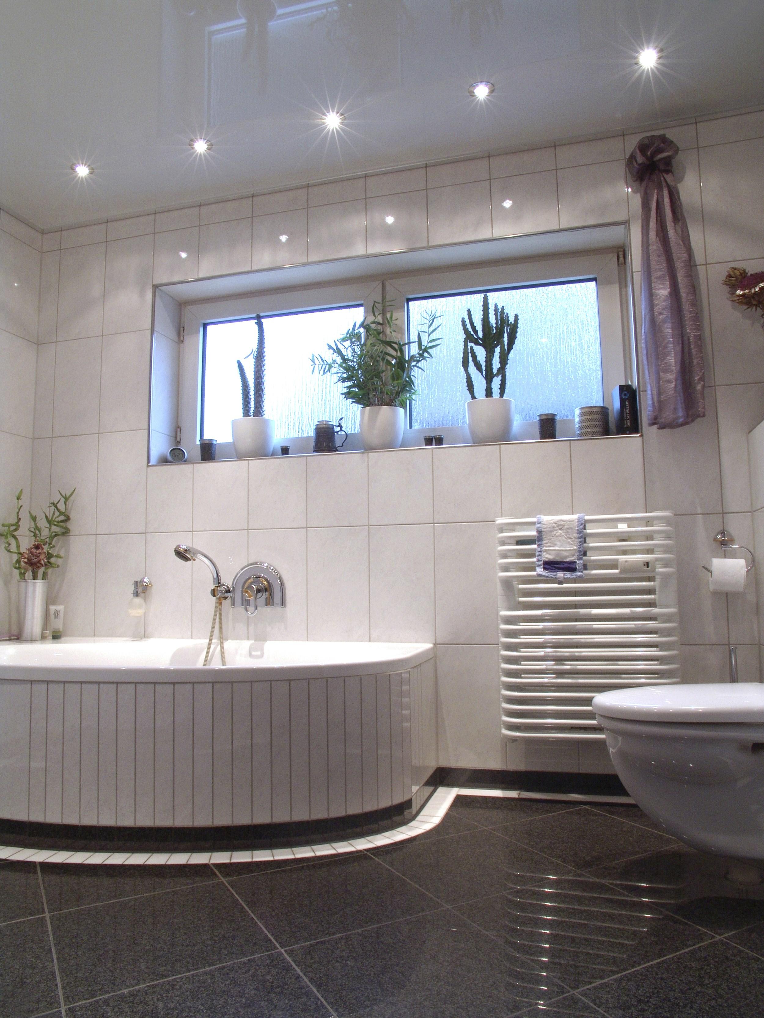 kundenbeispiele deckenrenovierung portas renovierung. Black Bedroom Furniture Sets. Home Design Ideas